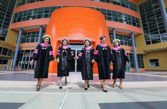 graduate-master-degree-03-2017